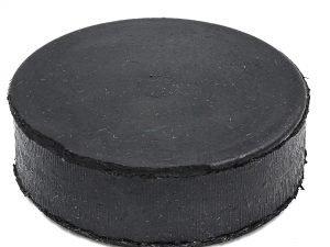 Шайба хоккейная UR (резина, диаметр-8см, высота-2,5см, вес-145г, черный) Большая