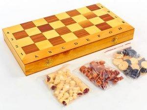 Шахматы, шашки, нарды 3 в 1 деревянные (фигуры-дерево, р-р доски 35см x 35см)