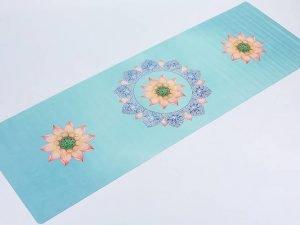 Коврик для йоги Замшевый каучуковый двухслойный 1мм Record (размер 1,83мx0,61мx1мм, голубой, с цветочным принтом)