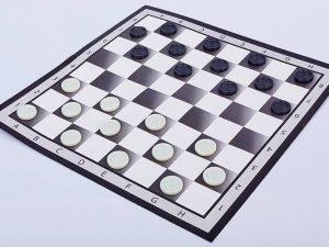 Шашки настольная игра (доска-картон, фигуры-пластик, р-р доски 37см x 37см)