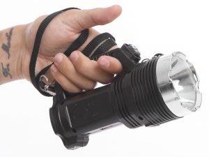 Фонарик ручной кемпинговый (для машины) (пластик, 8+1 светодиодов, l-17см)