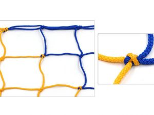 Сетка-гаситель для футзала и гандбола (2шт) Стандарт UR (PP 3,5мм, р-р 2,1×3,0м, яч. 12см)