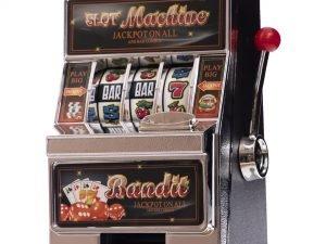 Копилка – игровой автомат Однорукий бандит  (пластик, металл, р-р 11,5×19,5×9см)