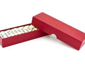Домино настольная игра в картонной коробке (кости-пластик, h-4,6см, р-р кор. 17,4×3,2×5,2см)
