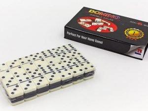 Домино настольная игра в картонной коробке (кости-пластик, h-3,8см, р-р кор. 16×9,5×2,5см)