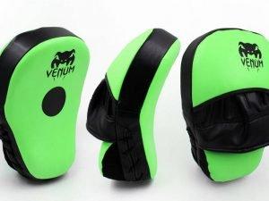 Лапа Изогнутая из PU (2шт) VNM ( р-р 25x19x7см, зеленый-черный)
