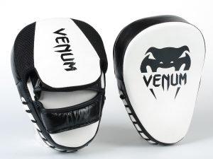 Лапа Изогнутая (2шт) кожаная VNM (крепление на липучке, р-р 26x19x5см, черный-белый)