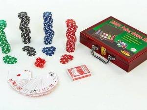 Набор для покера в деревянном кейсе на 200 фишек с номиналом (2 кол.карт,5куб)