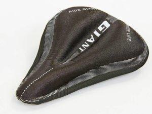 Чехол накладка на сиденье для велосипеда гелевая GIANT (черный)